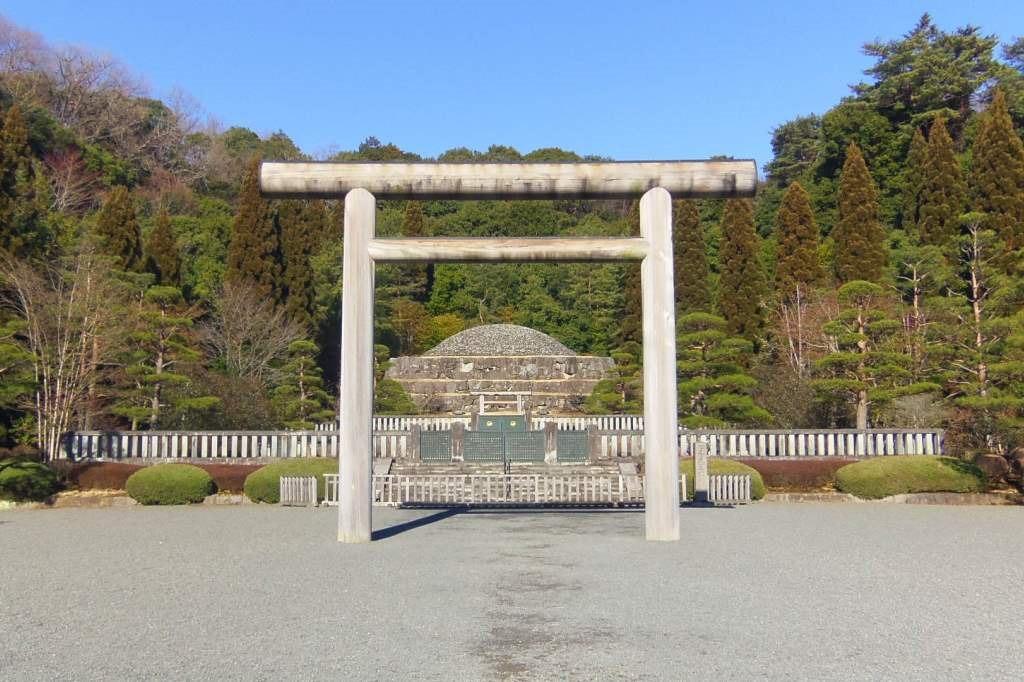 昭和天皇のお墓