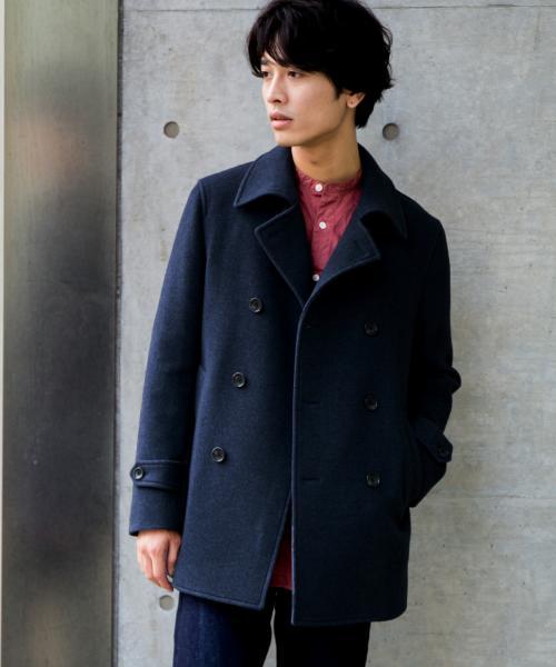 ダークグレイのPコート
